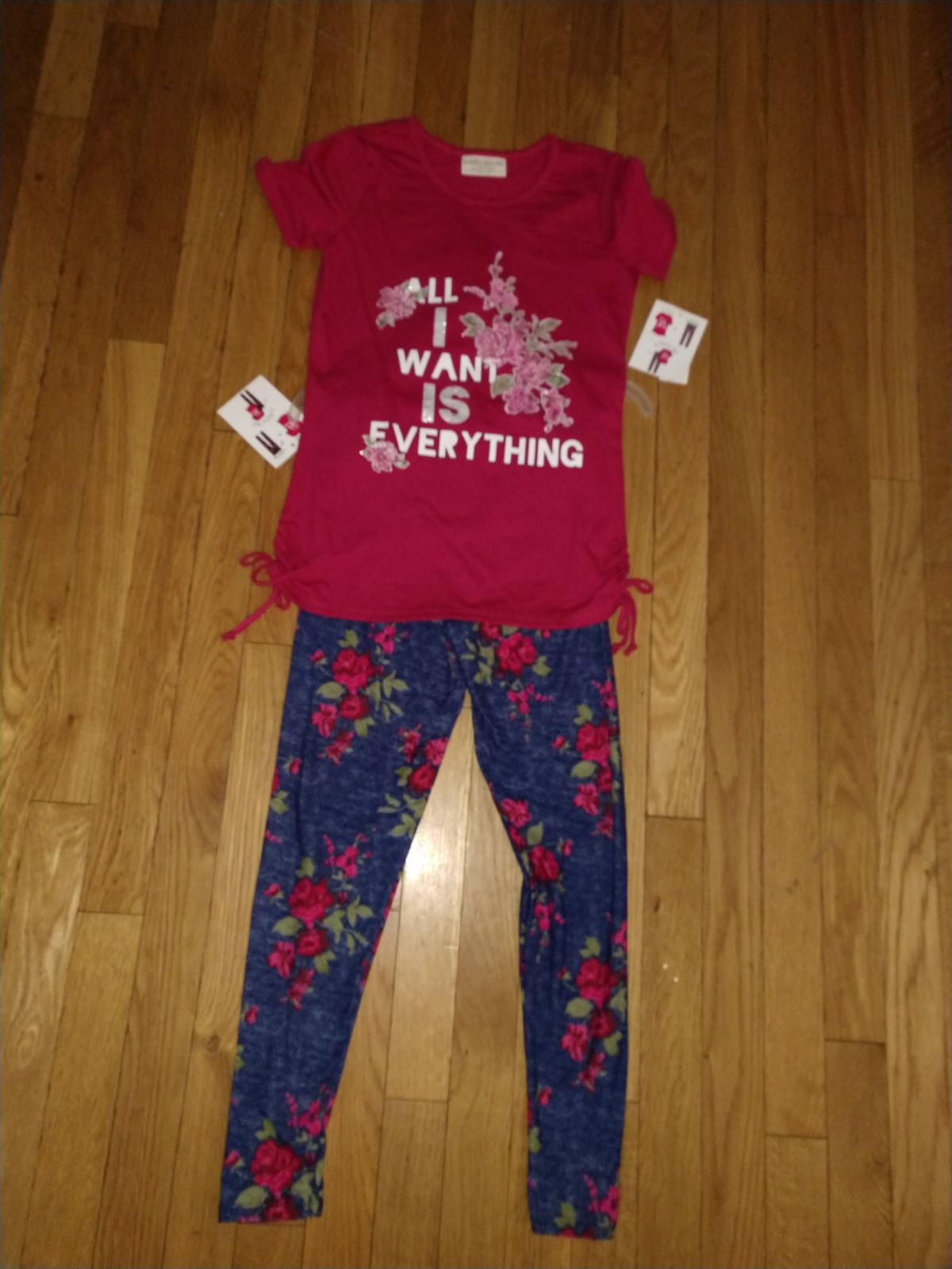NEW Girls 2 piece outfit size 7/8