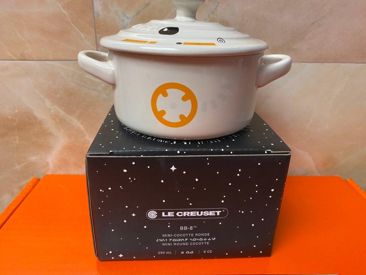 Le Creuset Star Wars BB8 mini cocotte