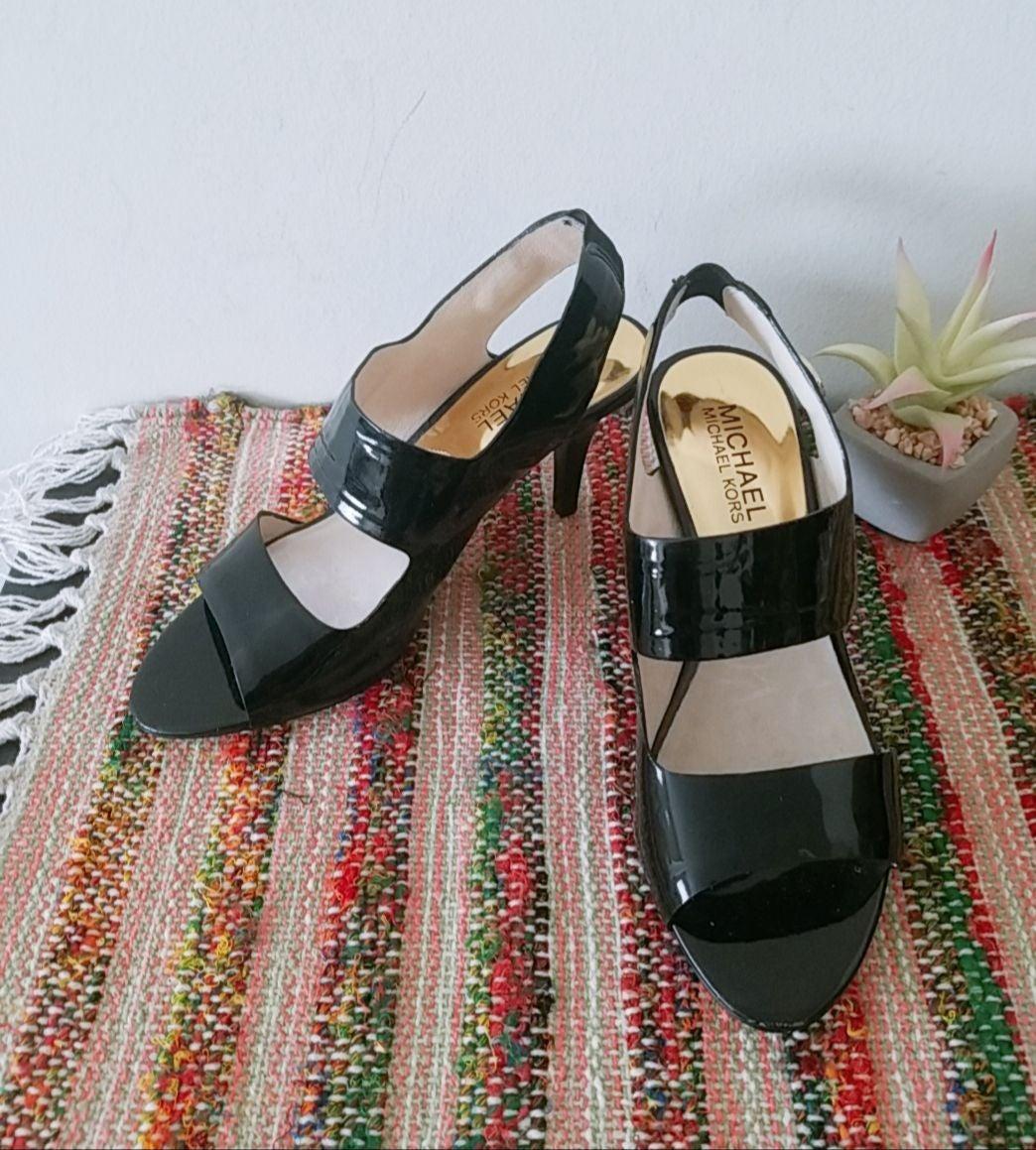 Michael Kors pumps sandals