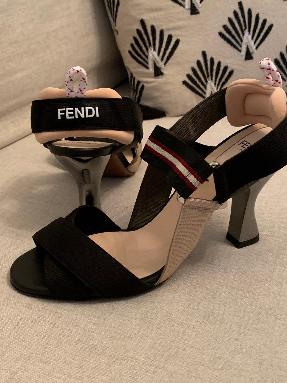 FENDI Colibri Slingback Sandal Size 37.5