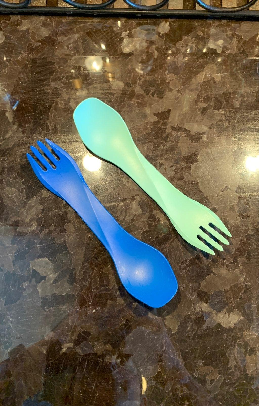 Set of 2 humangear travel utensils