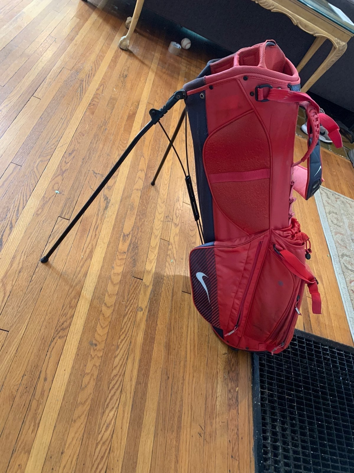 Nike Standing Golf Bag - 8 pocket