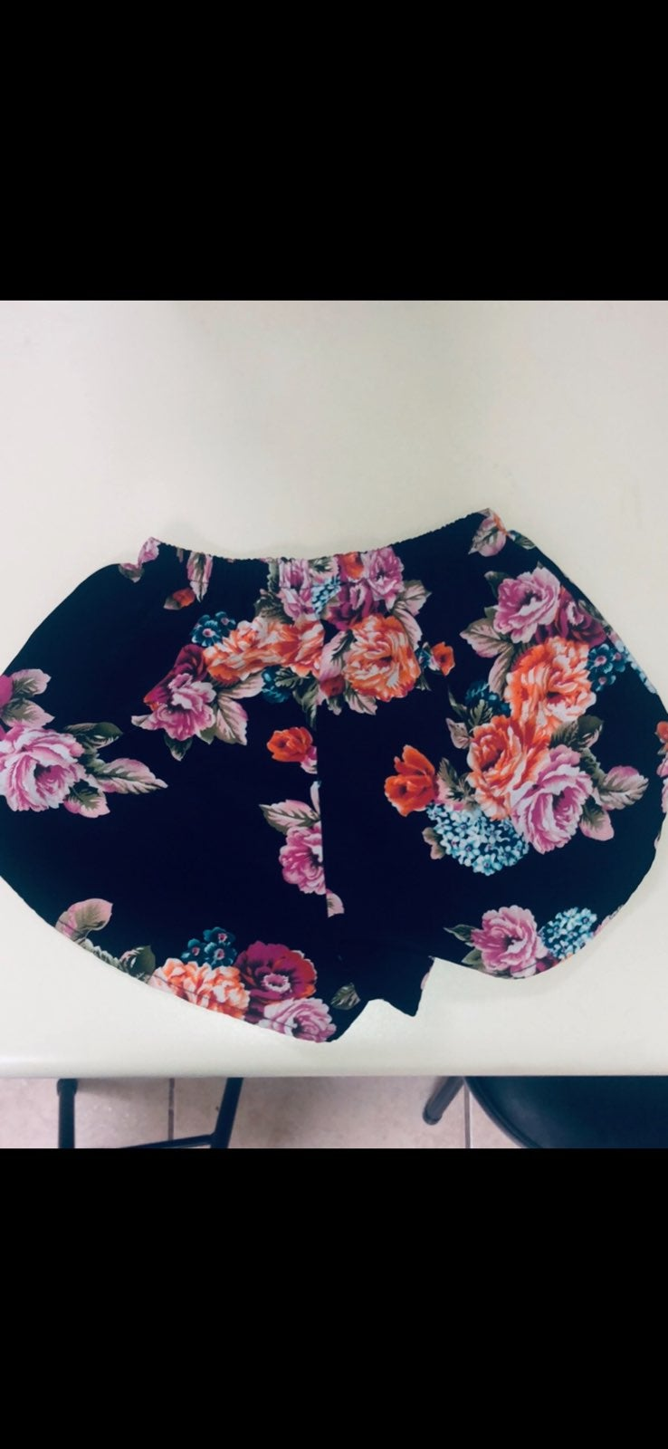 Floral Shorts black and floral
