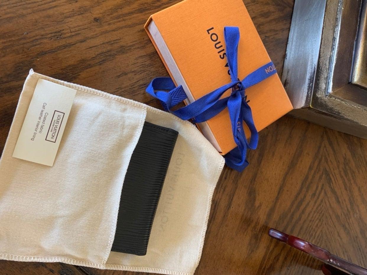 Louis Vuitton Epi Cardholder/Wallet