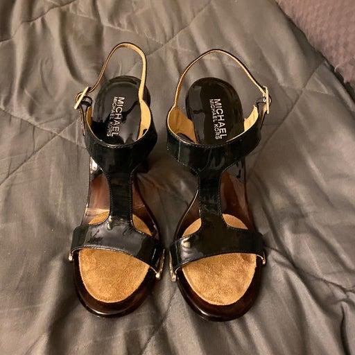 Michael Kors size 7.5 sandals