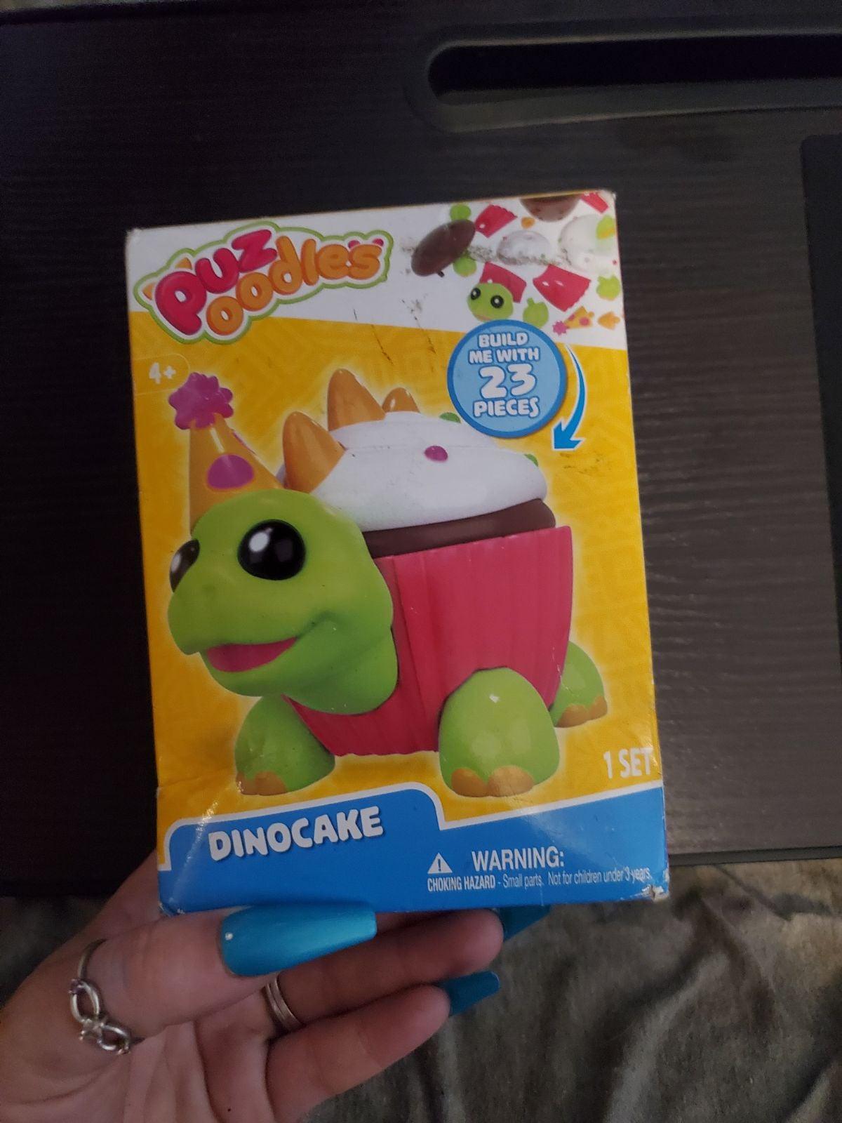 Puz Oodles DinoCake
