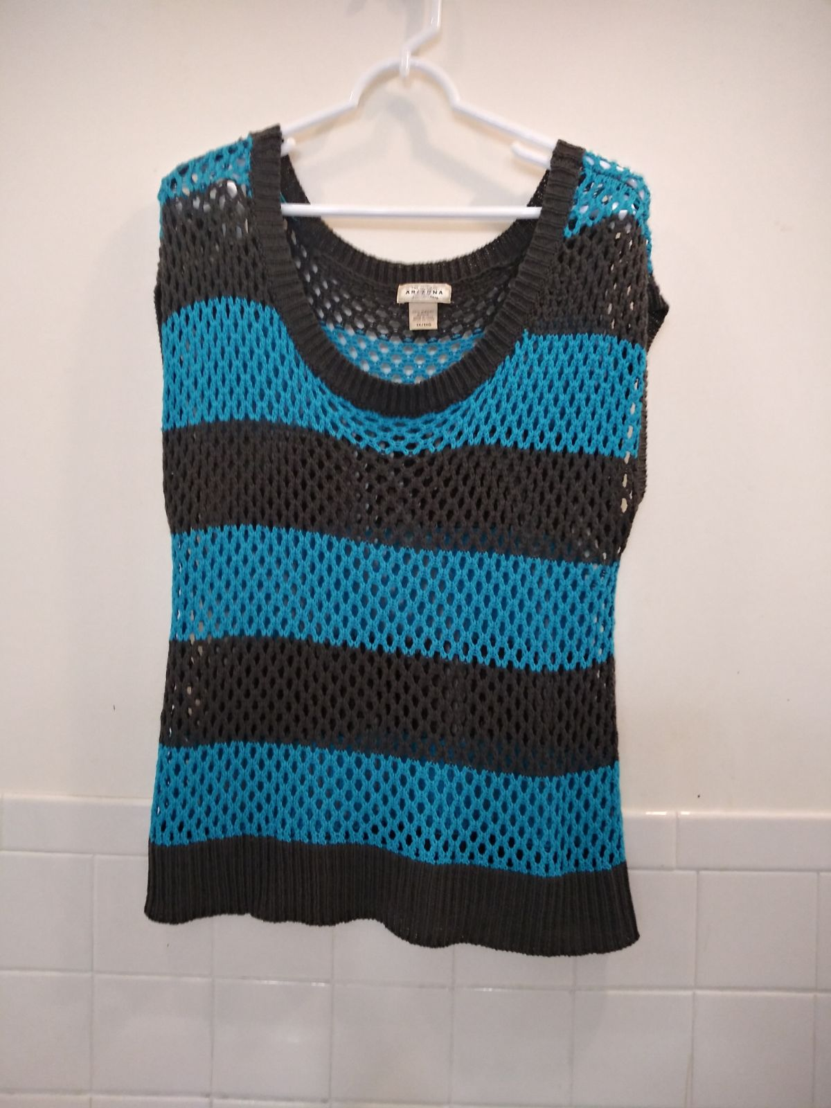 1x arizona blue knit crochet top