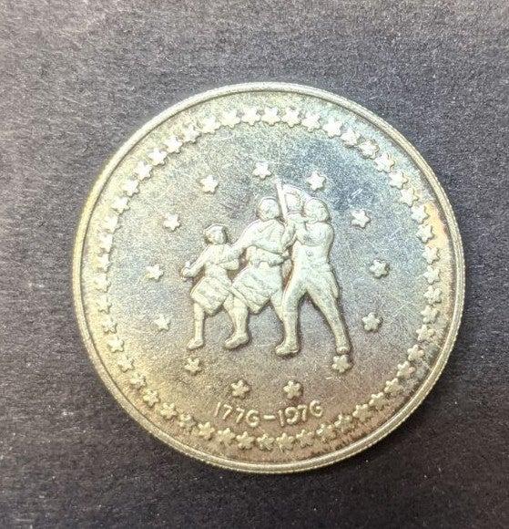 1976 Bicentennial Silver Round