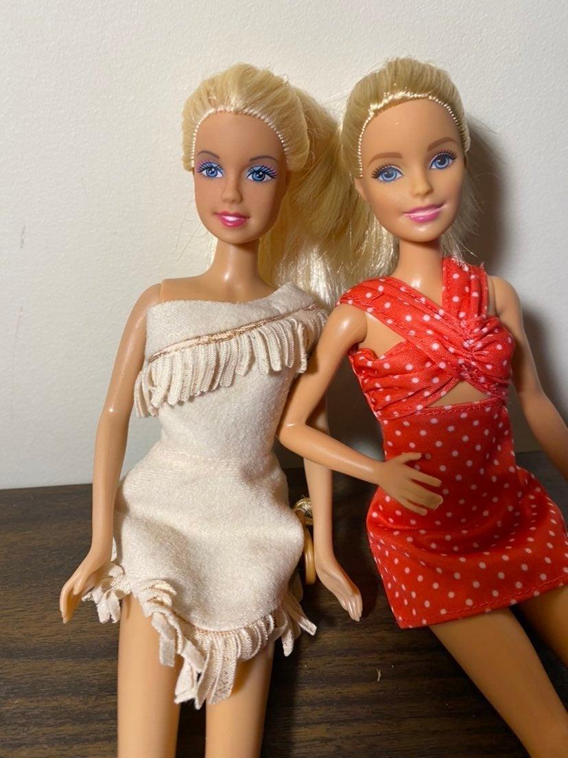 Mattel 2013 blonde sister barbies