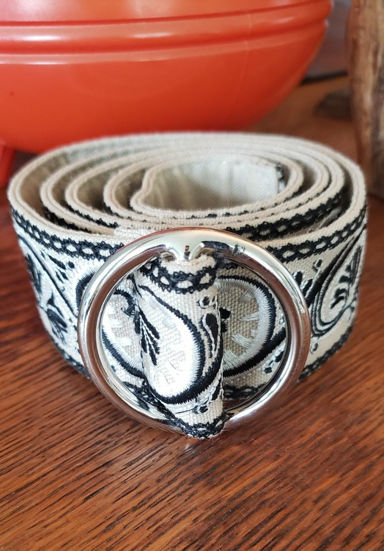 Talbots BELT, Embroidered, xs, NWT