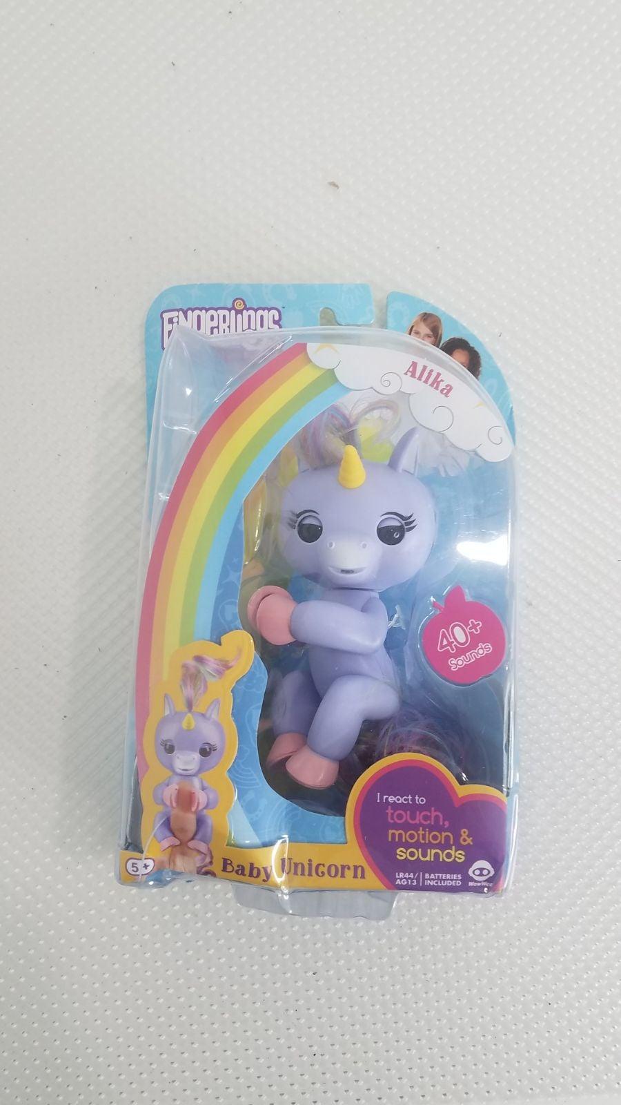 Fingerlings Alika baby unicorn