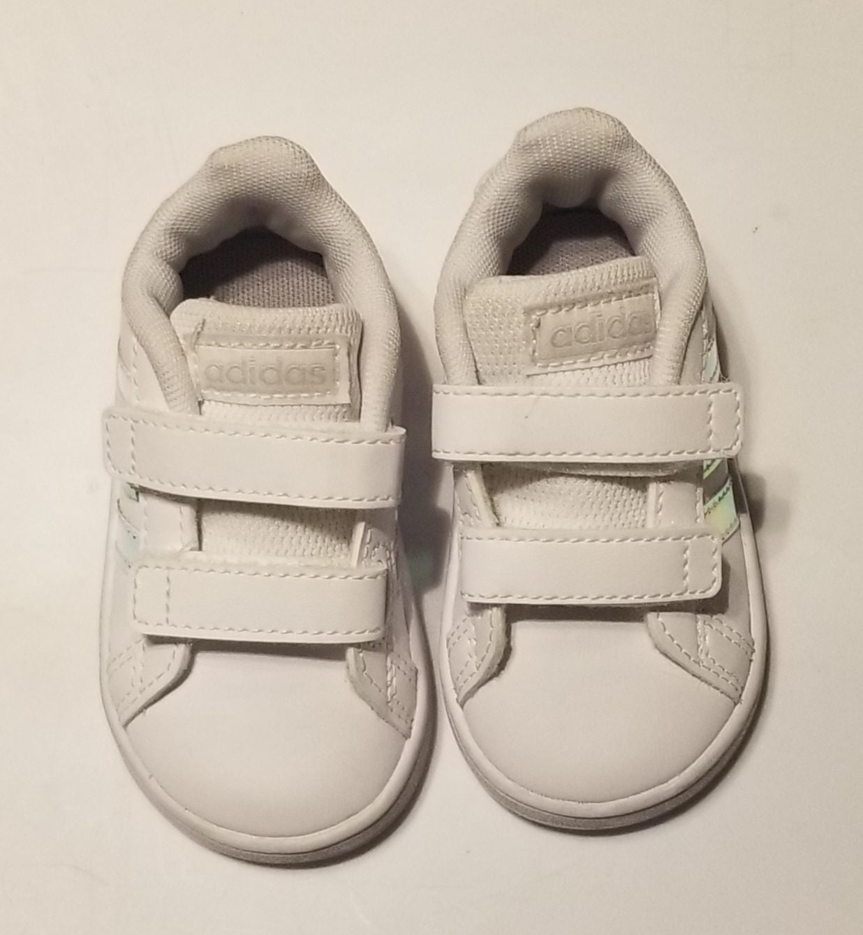 Adidas Size 4