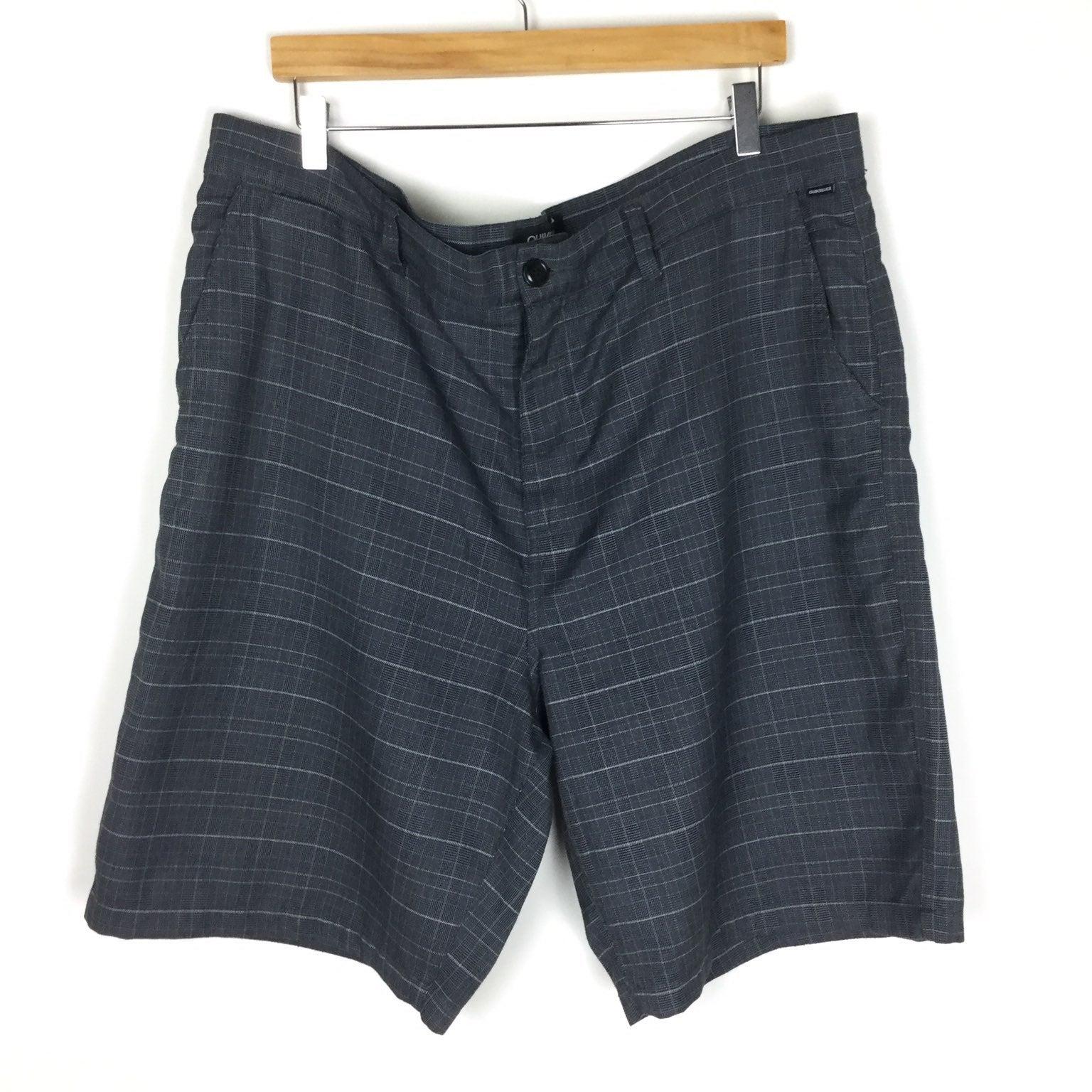 Quiksilver Shorts Size 40