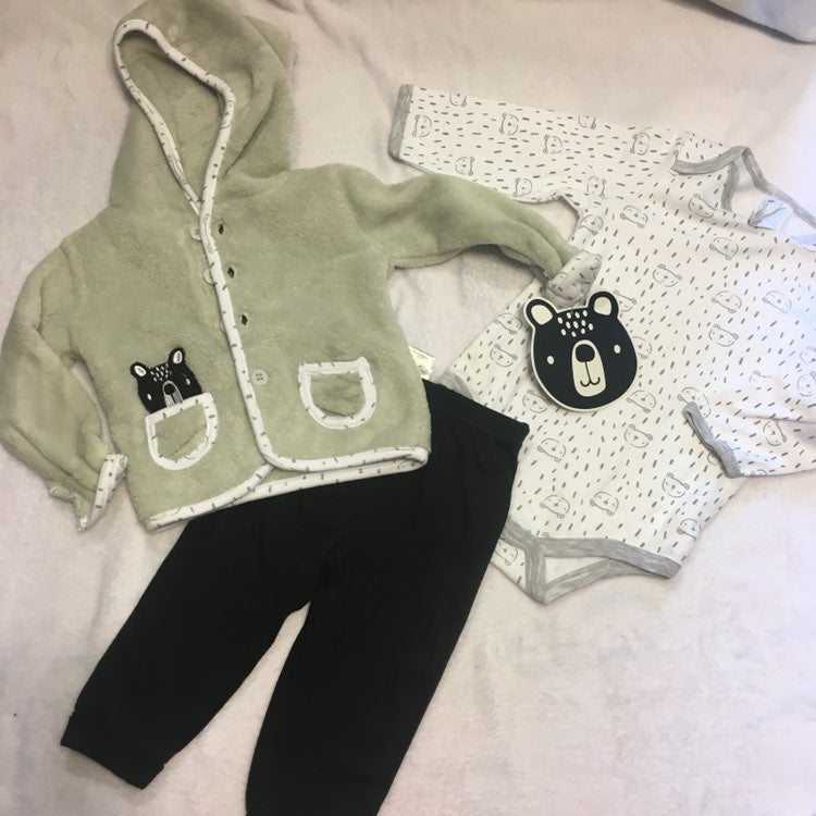NWT three piece outfit 9m
