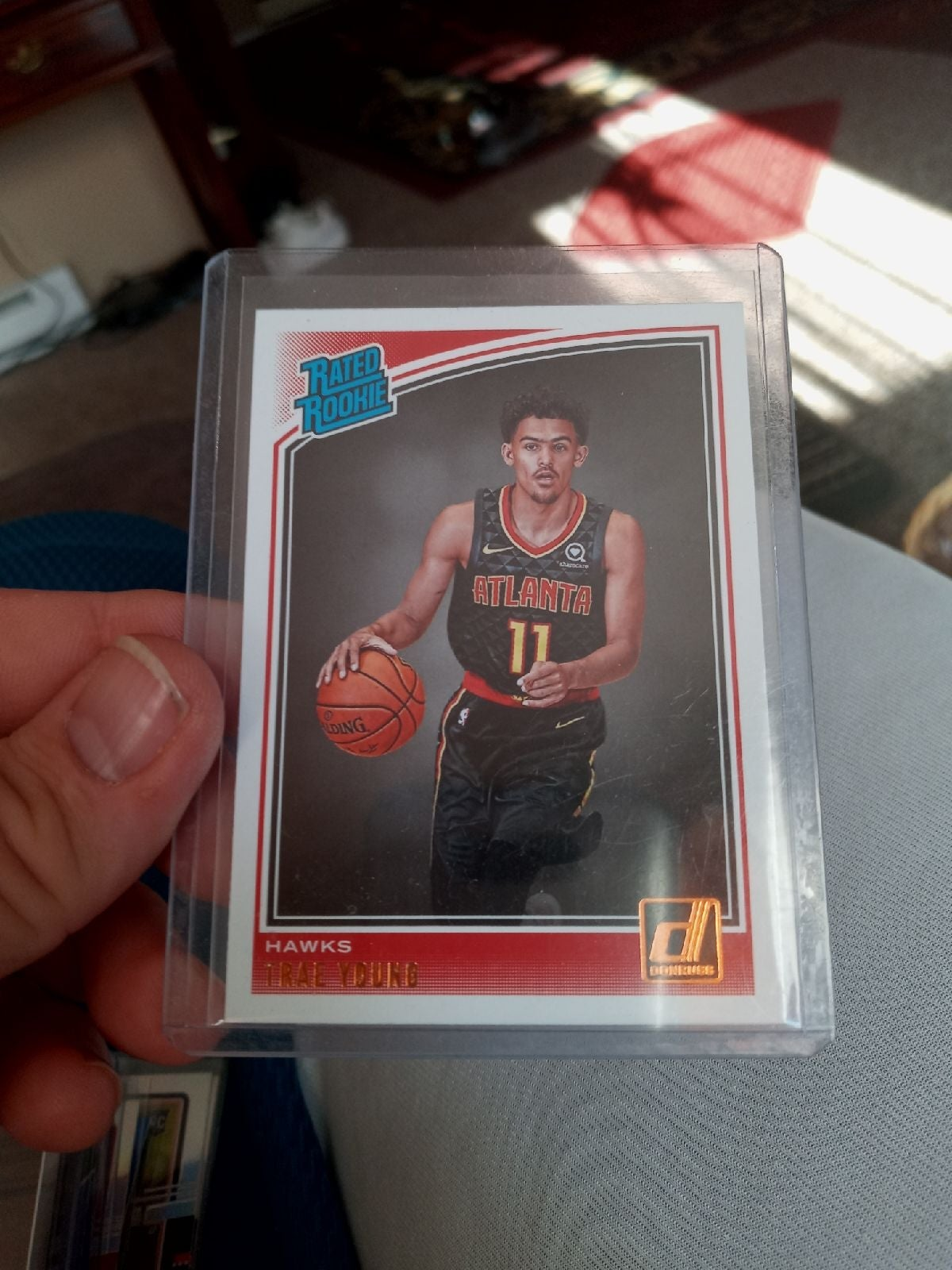 TRAE YOUNG 2018-19 DONRUSS RC HAWKS NICE
