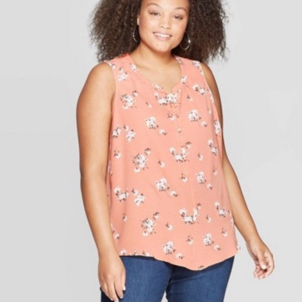 Plus size sleeveless pink floral top 2X