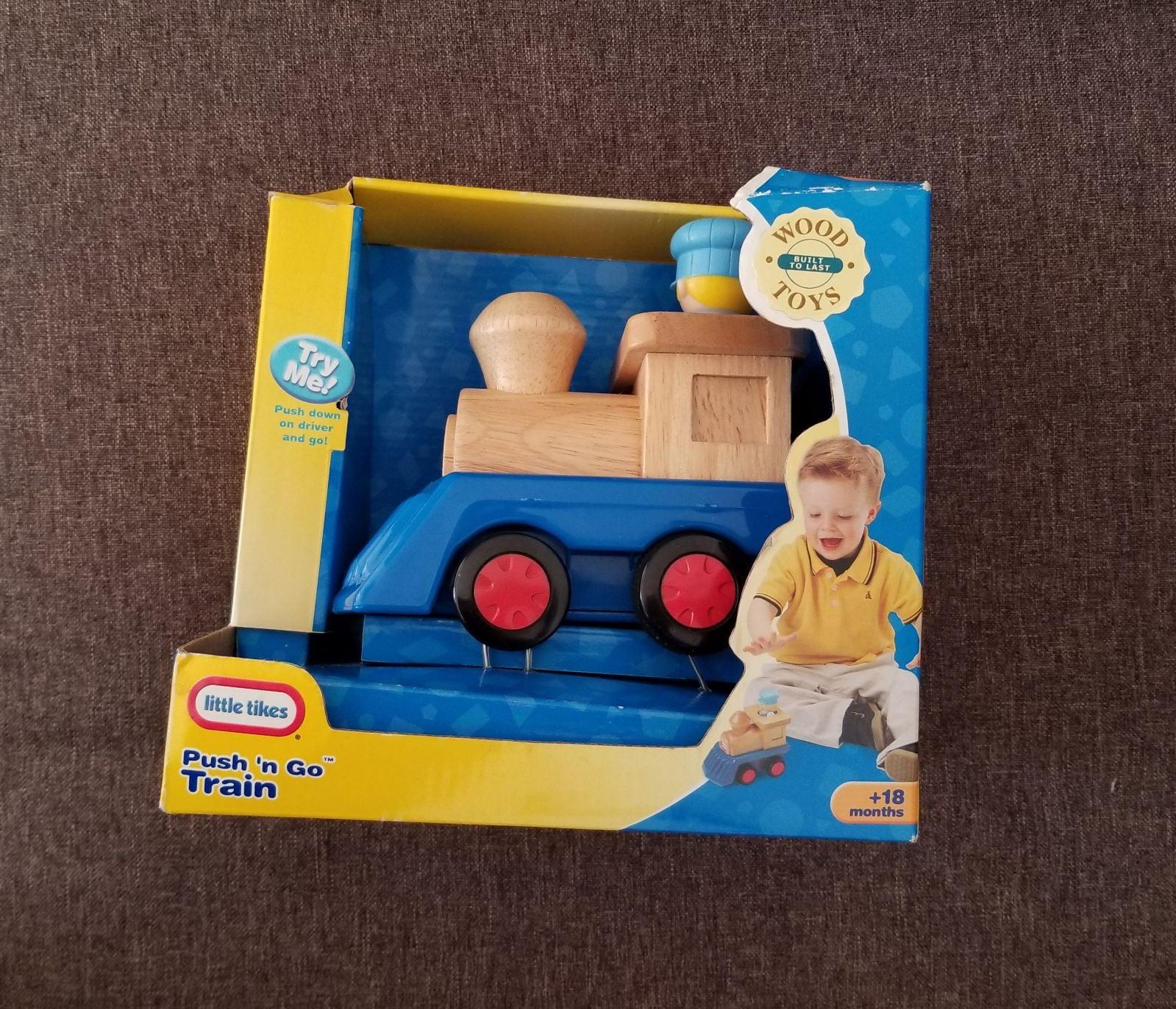 LITTLE TIKES Wood Train Push 'n Go