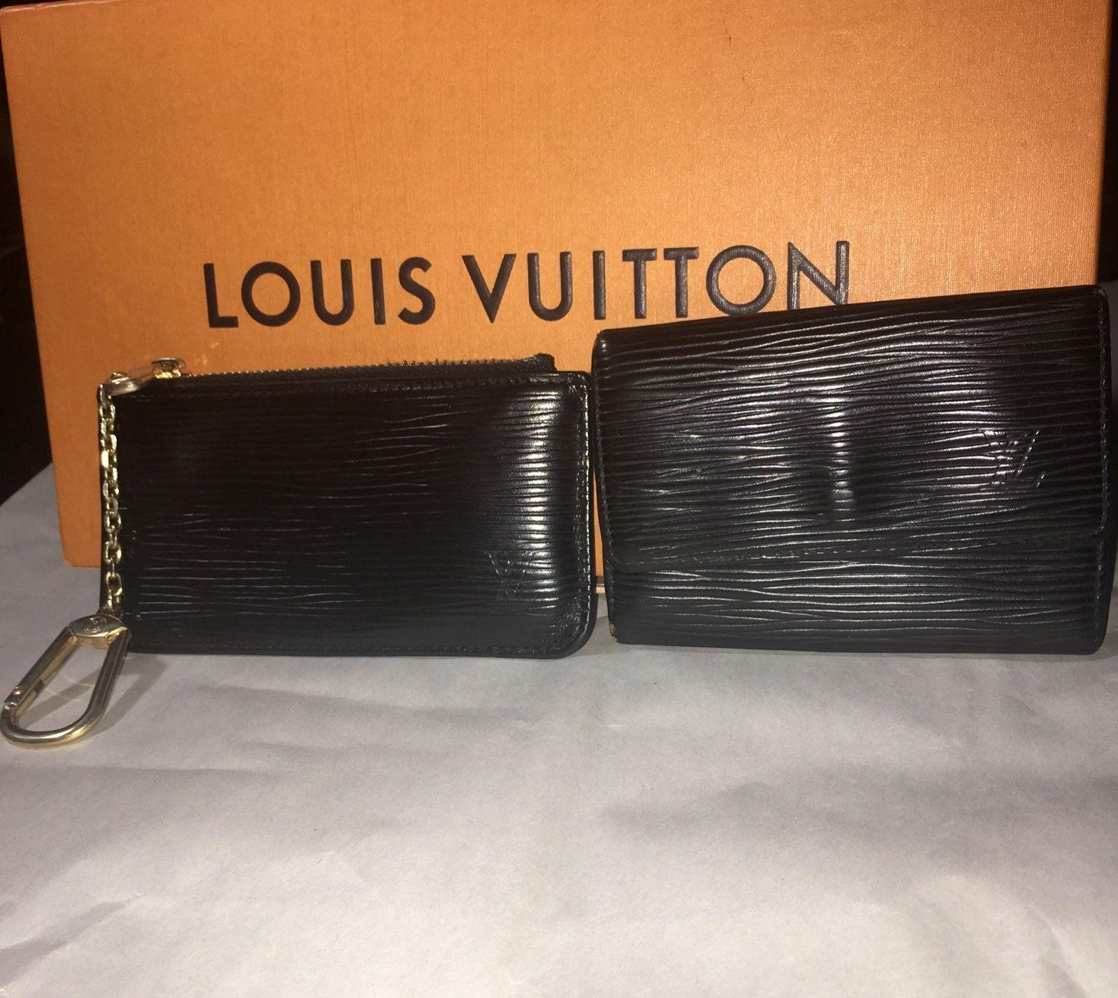 Auth Louis Vuitton Epi Key Case and Cles