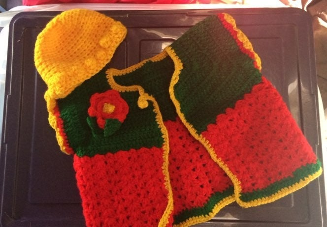New toddler sweater and hat set