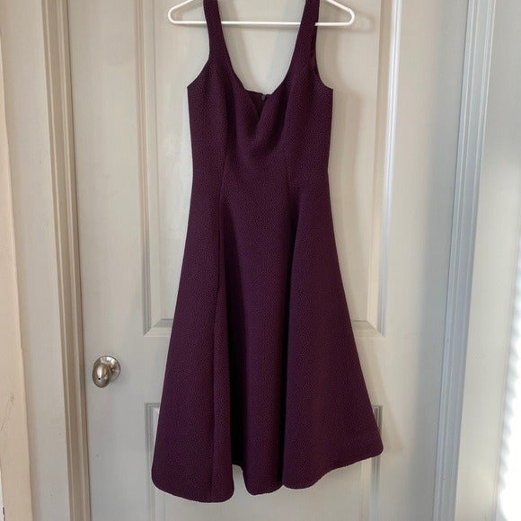 Black Halo Oasis Sleeveless Midi Dress