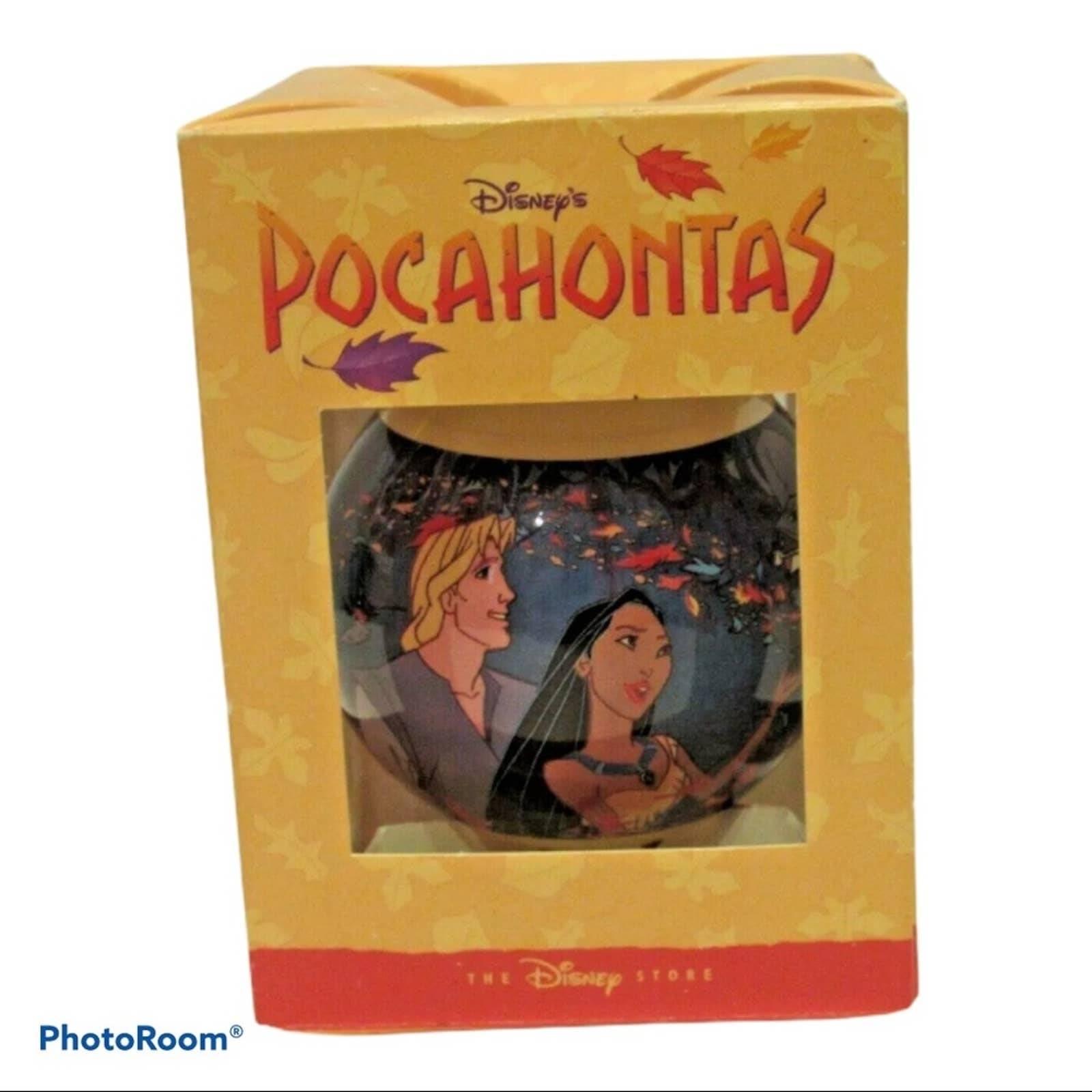 Vintage DisneyStore Exclusive Pocahontas