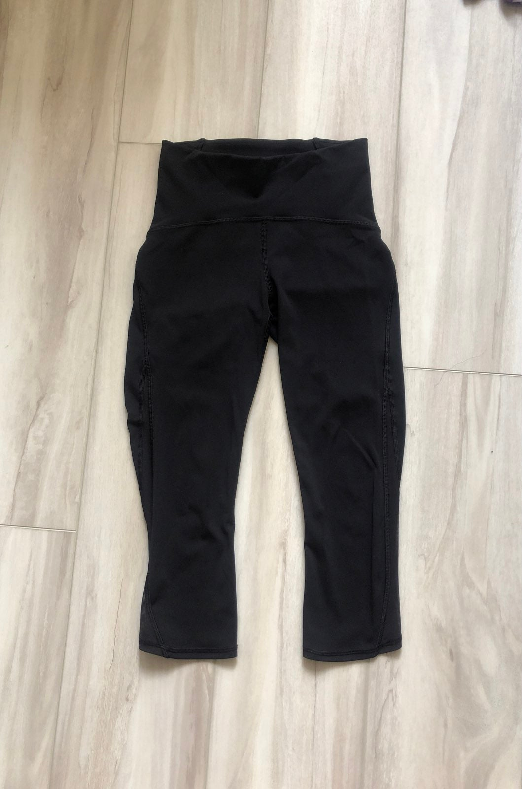 Lululemon black legging size 2