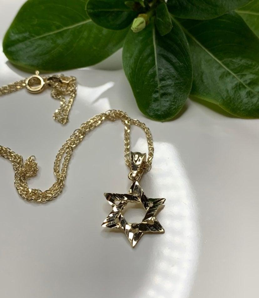 Star of David Nacklace in 14k gold