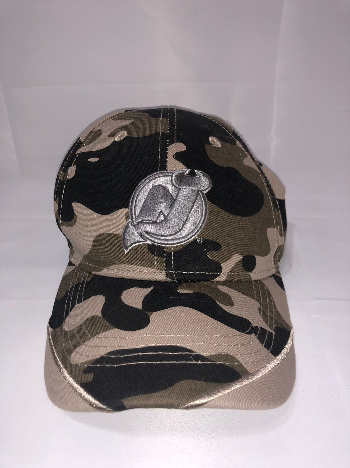 New Jersey Devils Camo Hat NHL