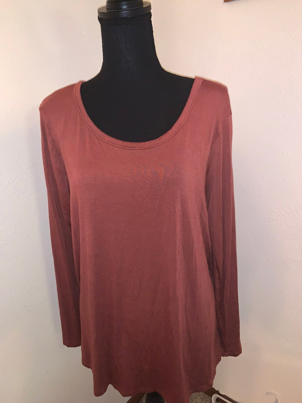 womens long sleeve shirt XL