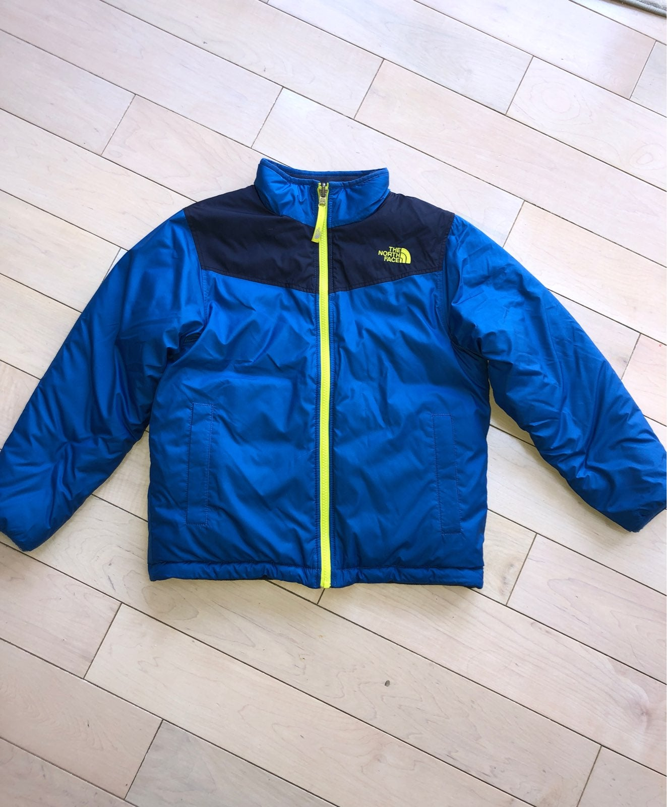 The NorthFace reversible jacket 10