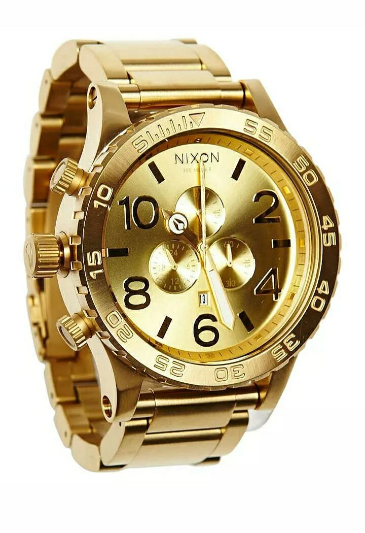 BRAND NEW NIXON GOLD WATCH 51-30 WITH BO
