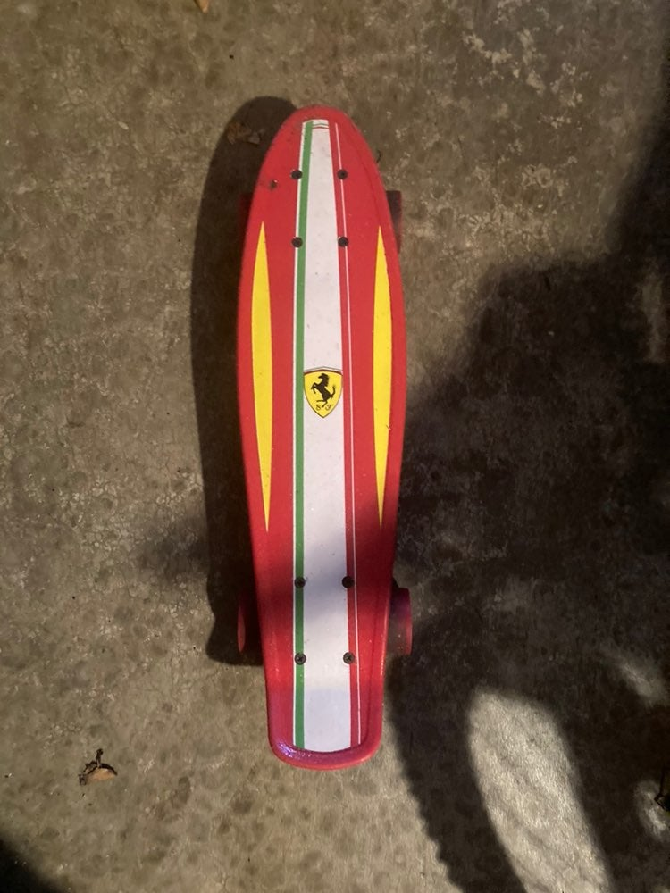 ferrari small skateboard