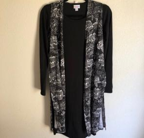 8a5db480a503cd Shop New and Pre-owned LuLaRoe Rose Print Sweaters
