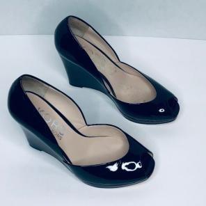 b0f4800e687 Shop New and Pre-owned Michael Kors Peep-Toe Wedge Shoes