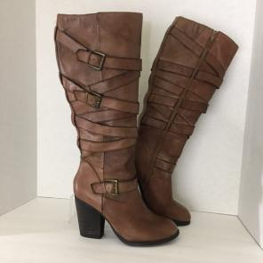 03ae77091af Shop New and Pre-owned Steve Madden Wrapped Heel Shoes