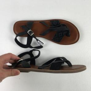 10541e5d30b Shop New and Pre-owned TOMS Leather Sandals