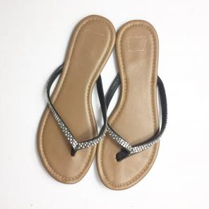 a7093b917e053 Shop New and Pre-owned American Eagle Thong Sandals
