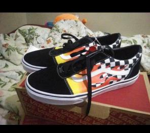 93c0dde516 Shop New and Pre-owned VANS Checked Shoes