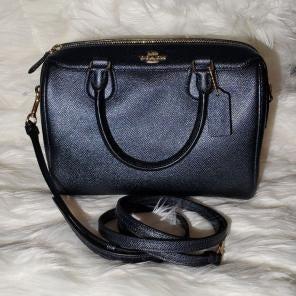 700b5434dc5fe Shop New and Pre-owned Coach Top Zip Handbags