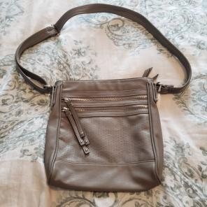 6414f05172 Shop New and Pre-owned Tyler Rodan Crossbody Handbags