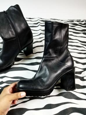04f2eb6f2ac Shop New and Pre-owned Steve Madden Chunky Heel Boots