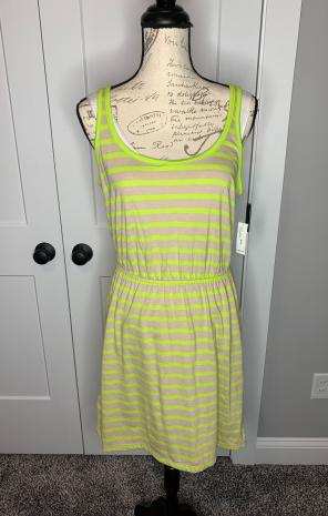 c6e809b3ac59 Shop New and Pre-owned Old Navy Cinch Waist Dresses