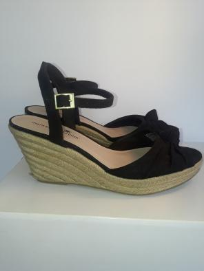 878f90414 Shop New and Pre-owned Montego Bay Club Platform Shoes