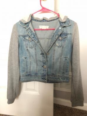 4b235c4ad57fa Shop New and Pre-owned Bullhead Denim Coats   Jackets