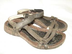 7bcf75bc4 Shop New and Pre-owned Teva Leather Sandals