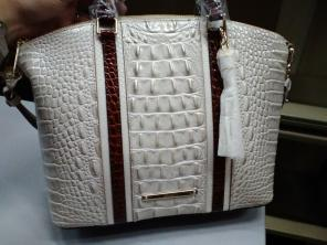 a16b25929 Shop New and Pre-owned Brahmin Leather Shoulder Handbags