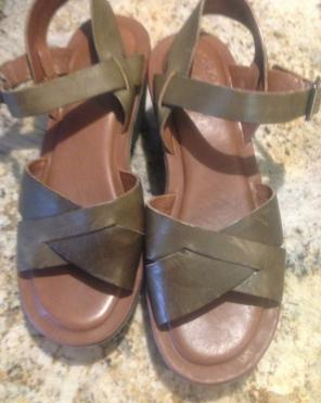7fa41d943f46 Shop New and Pre-owned Kork-Ease Leather Sandals