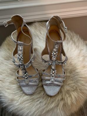 fc452580138 Shop New and Pre-owned Antonio Melani Rhinestone Shoes