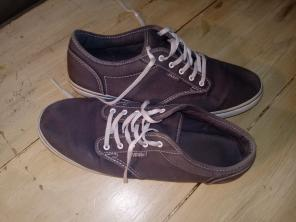 fe20c6b1ff Shop New and Pre-owned VANS Checked Shoes