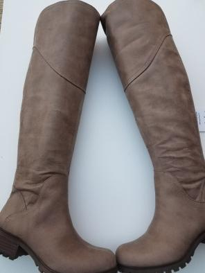 3c7d9fb96d2 Shop New and Pre-owned Lucky Brand Over-The-Knee Shoes
